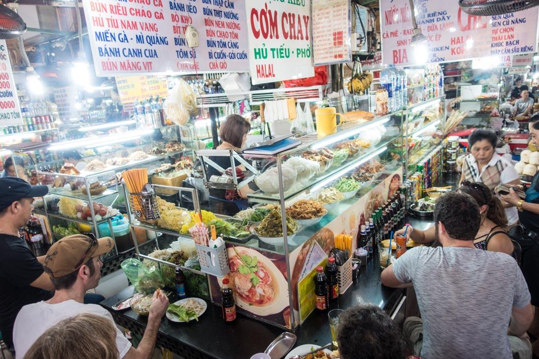Vietnamesisches Essen im Ben Thanh Markt